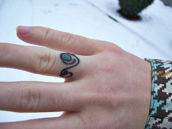 Awesome Finger Tattoo