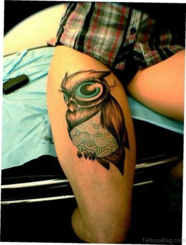 Awesome Owl Tattoo On Thigh