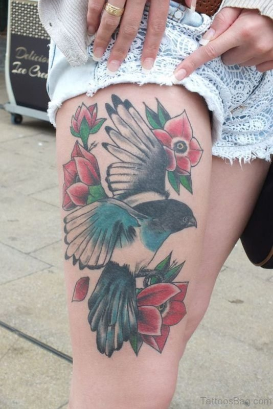 Attractive Thigh Tattoo