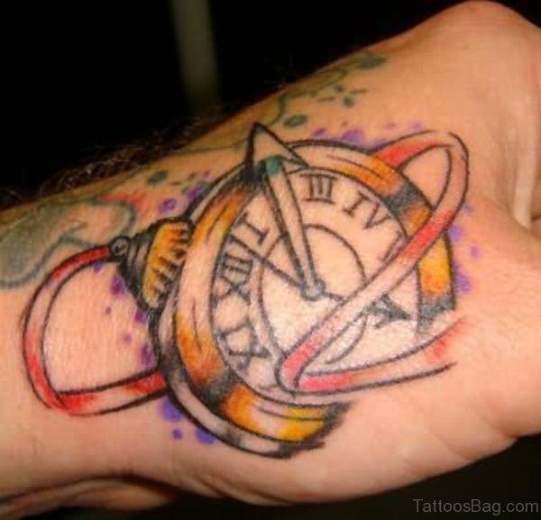 Beautfiul Clock Tattoo Design