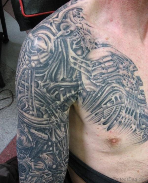 Biomechanical Alien Tattoo On Shoulder