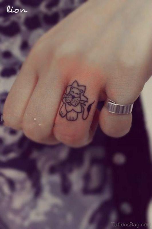 36 remarkable tiger tattoos on finger