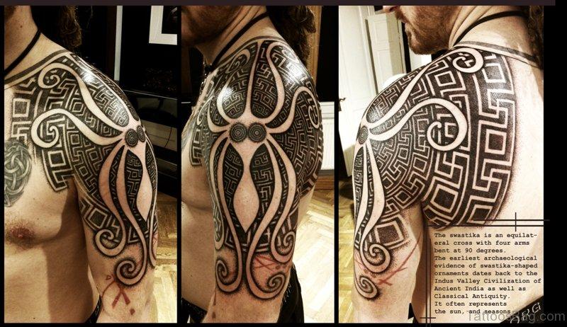 6cf7597e3 62 Stylish Nordic Shoulder Tattoos