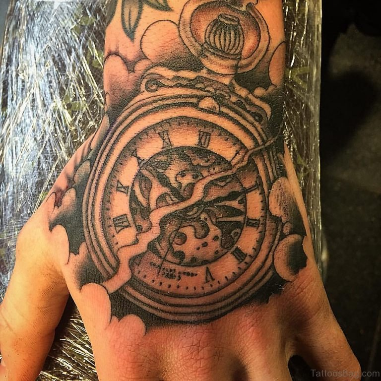 3105a686fb584 47 Excellent Clock Tattoos For Hand