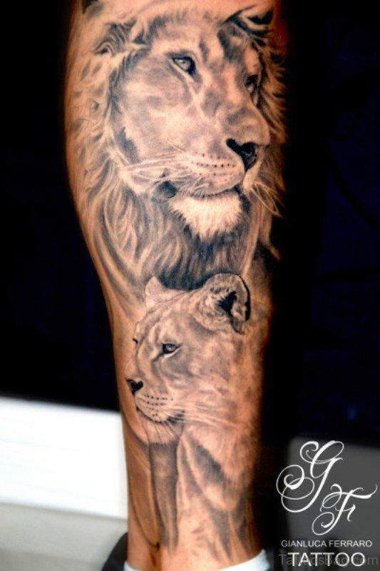 16 Best Lion Tattoos On Foot