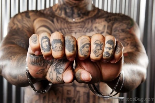 Face Tattoo On Fingers