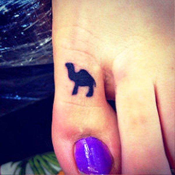 Fantastic Camel Tattoo On Toe