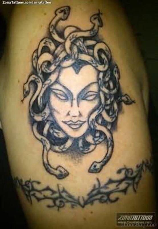 Fantastic Medusa Tattoo On Shoulder