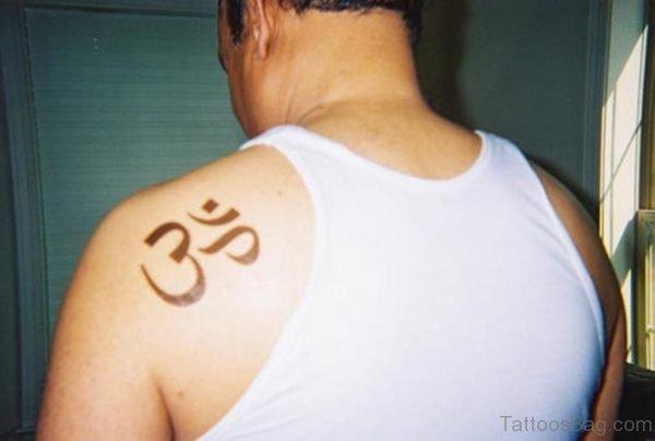 Fantatsic Om Tattoo On Back Shoulder