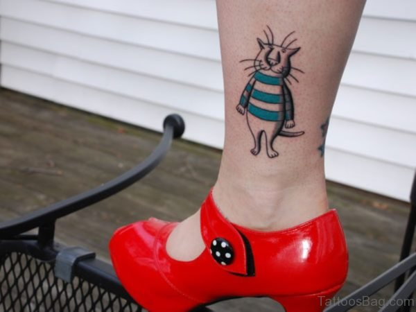 Funny Fat Cat Tattoo On Leg