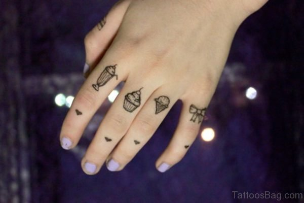 Funny knuckle Tattoo