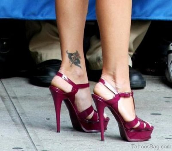 Girl With Cool Pisces Zodiac Tattoo On Ankle