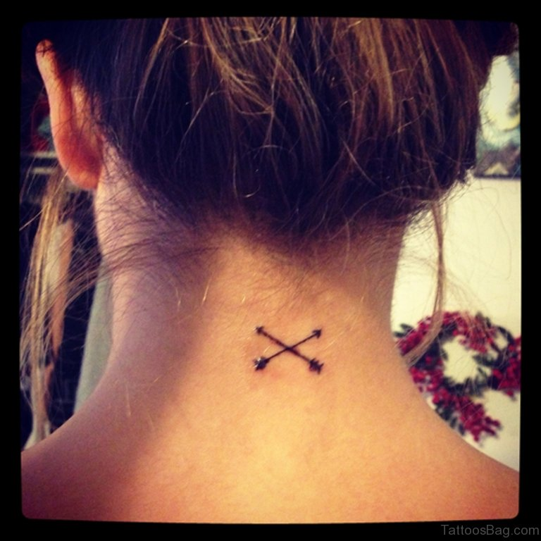 30 Lovely Nape Tattoos For Girls: 41 Beautiful Cross Tattoos On Neck
