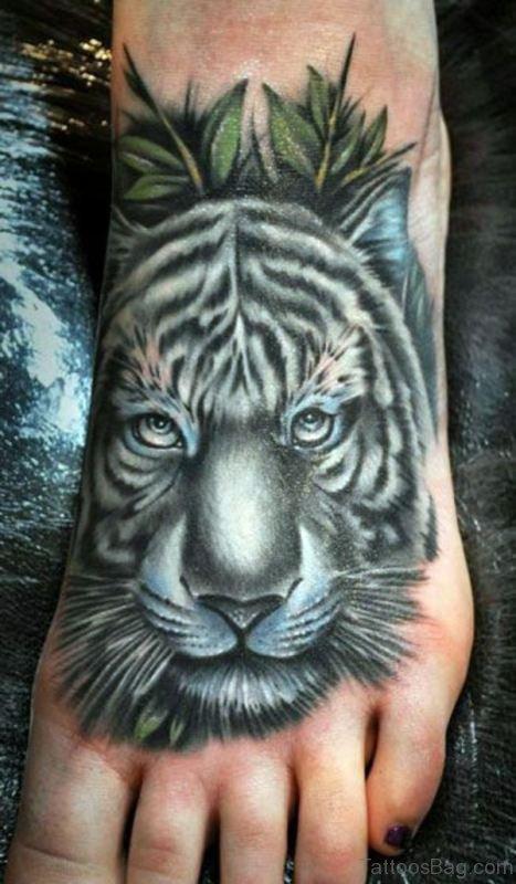 28 incredible lion tattoos on foot. Black Bedroom Furniture Sets. Home Design Ideas