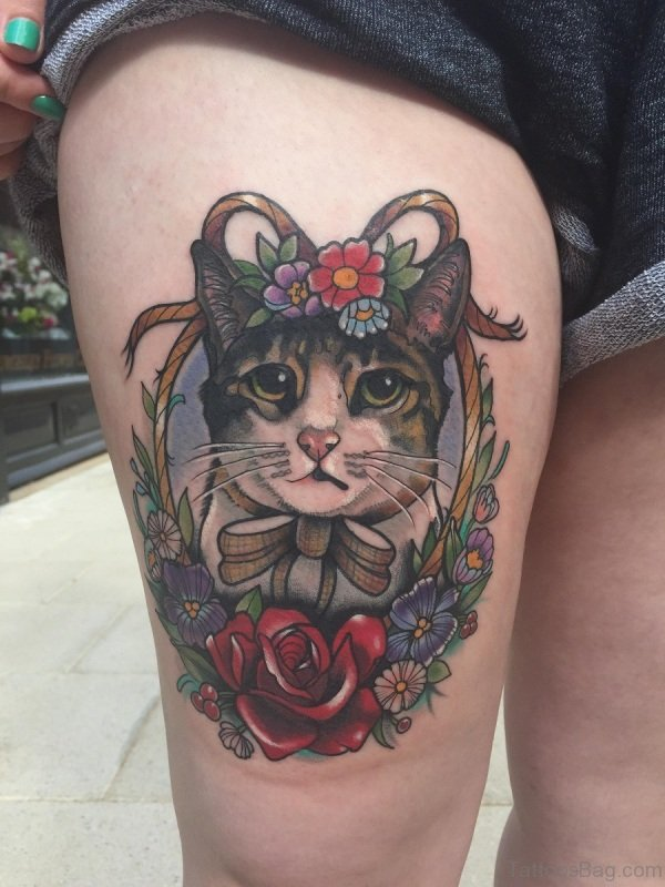 Lovely Cat Tattoo On Thigh