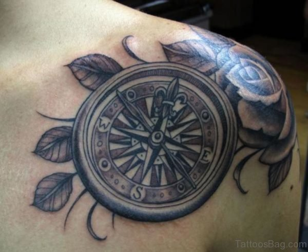 Lovely Nautical Compass Shoulder Tattoo