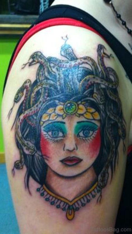 Lovely Traditional Medusa Tattoo On Shoulder