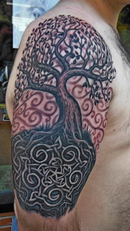 MInd Blowing Tree Tattoo On Shoulder