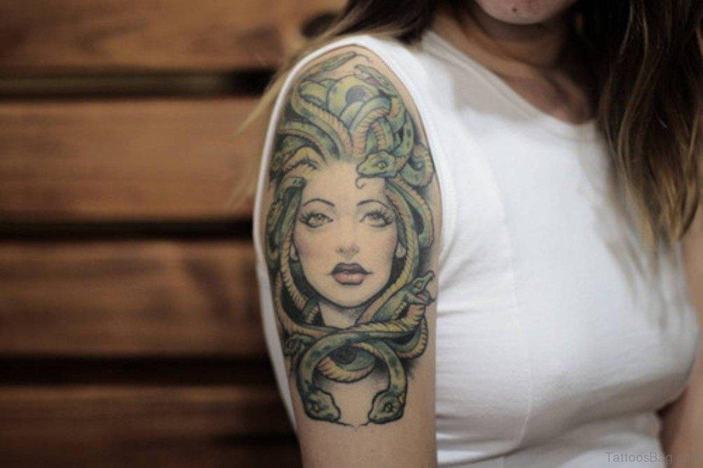 51 pretty shoulder tattoos for Shoulder tattoos girl