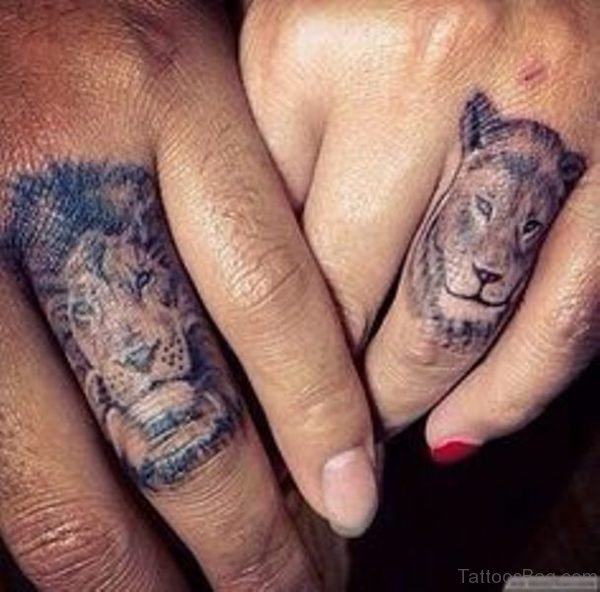 Nice Lion Tattoo On Finger