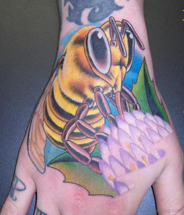 Pretty Bee Tattoo
