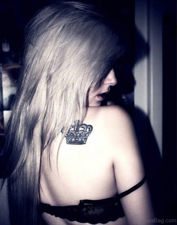 Pretty Crown Tattoo On Back Shoulder