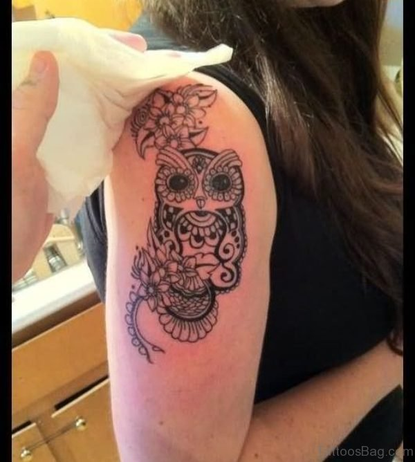 Small Owl Tattoo On Right Shoulder