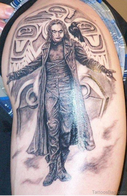 Stunning Balck Man Shoulder Tattoo