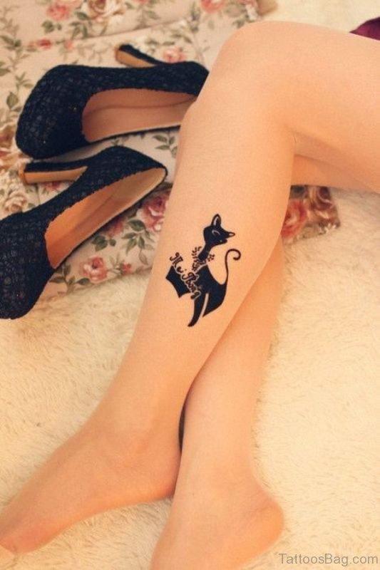 Stylish Cat Cartoon On Leg