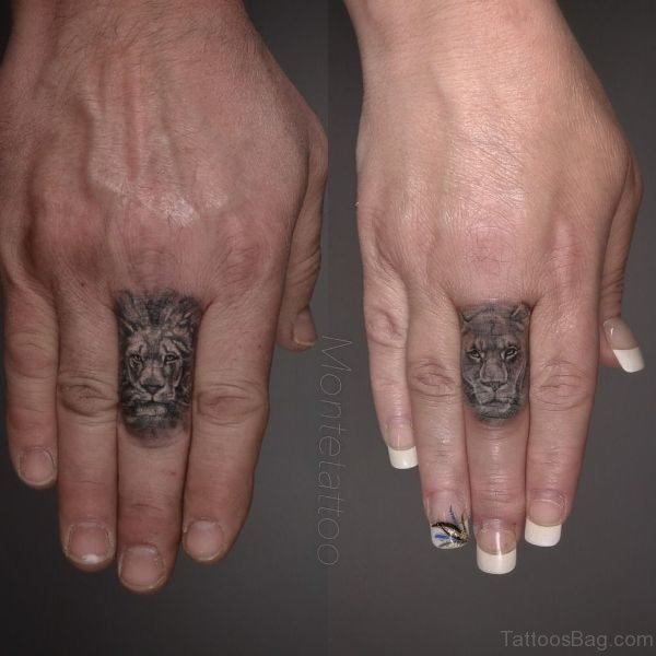 Stylish Lion Tattoo On Finger