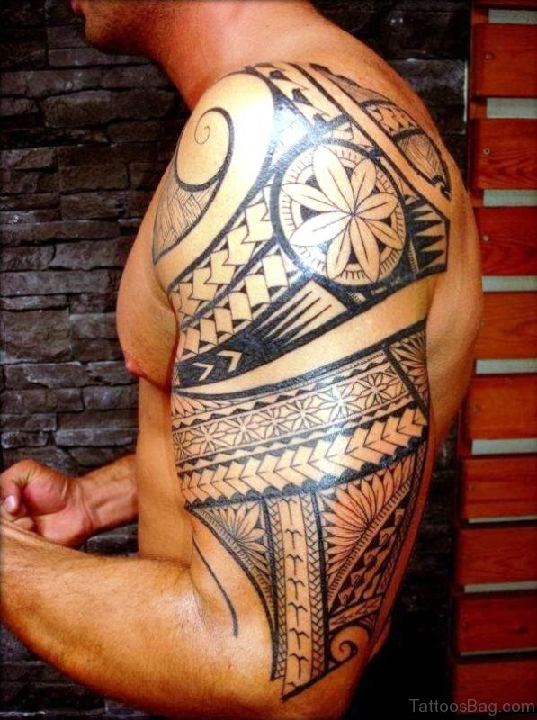 Traditional Tattoo On Shoulder