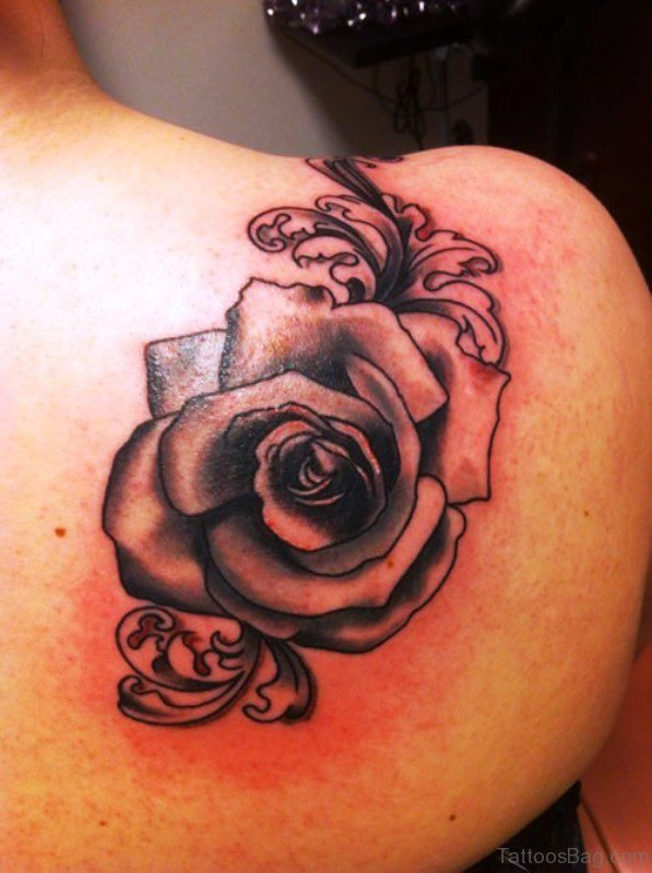 Usual Black And White Roses Tattoo