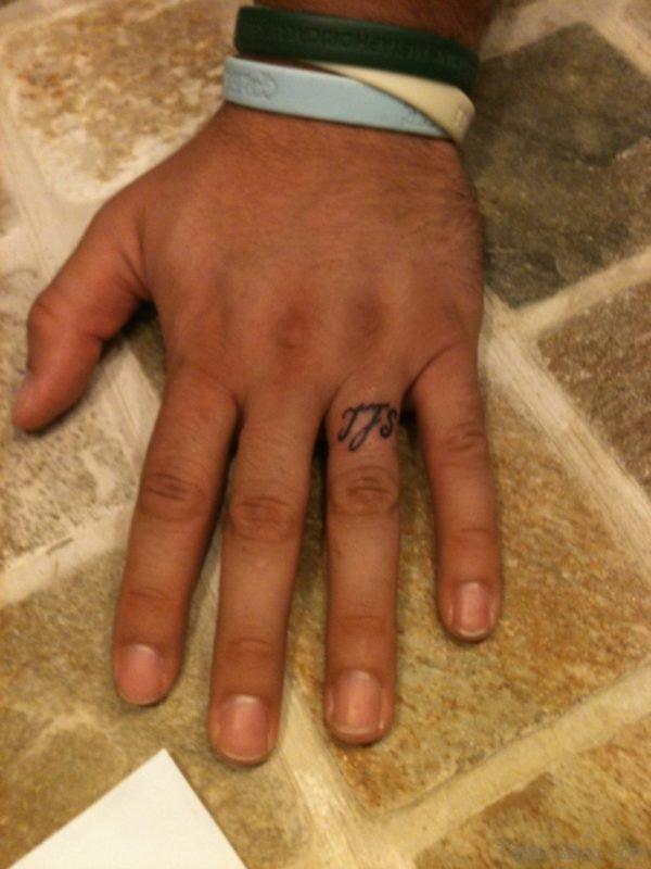 Wonderful Finger Tattoo Design