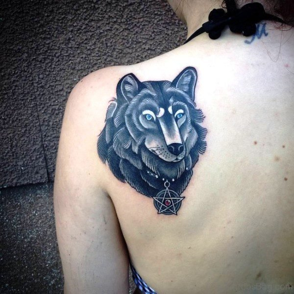 Wolf Face Tattoo On Back Shoulder