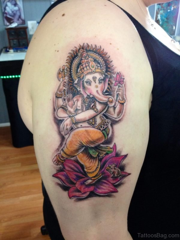 Wonderful Ganesha Tattoo On Shoulder