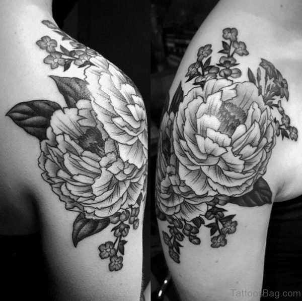 Wonderful Shoulder Tattoo Design