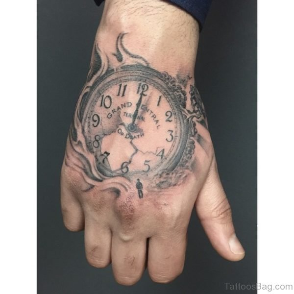 Awesome Clock Tattoo On hand