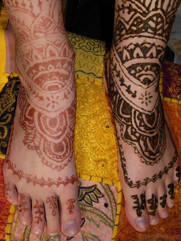 Henna Brown Tattoo On Foot